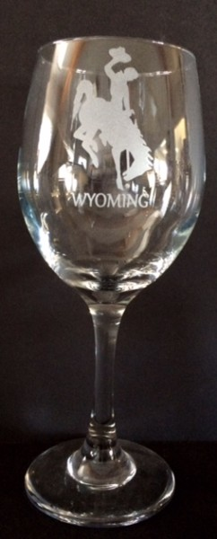 Lg Wy Etched wine glass
